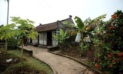 Ngôi nhà Bá Kiến 100 năm tuổi nhưng là