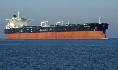 Không cần sức mạnh quân sự, Mỹ bắt nhóm tàu tư nhân chở dầu cho Iran