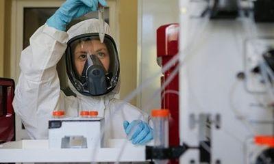 Nga tiết lộ lý do chỉ mất 5 tháng để điều chế vaccien Covid-19
