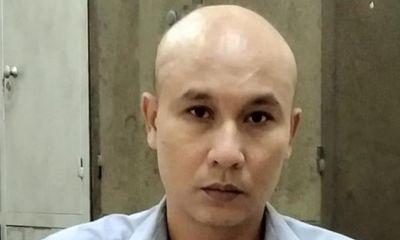 Hà Nội: Nghi phạm đâm chết chủ cửa hàng cho thuê xe tự lái ra đầu thú