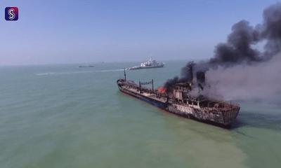 Tàu va chạm mạnh trên sống Dương Tử, 14 người mất tích