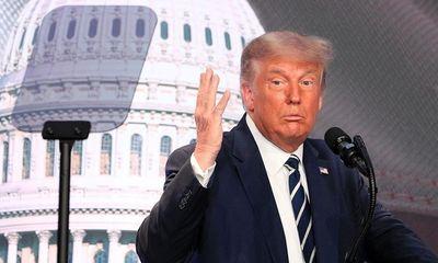 Tổng thống Trump dọa cắt đứt quan hệ thương mại với Trung Quốc