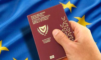 Đại biểu Quốc hội sở hữu 2 quốc tịch có vi phạm luật?