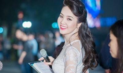 Á hậu Thụy Vân: Từ người đẹp ứng xử hay nhất tới BTV sắc sảo, thông minh trên sóng truyền hình