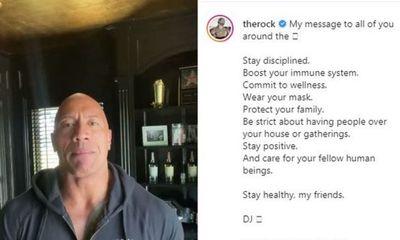 Cả gia đình diễn viên 'the Rock' Dwayne Johnson dương tính với SARS-CoV-2