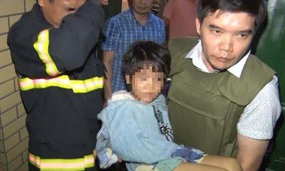 Vụ bé gái 6 tuổi bị bố đẻ và người tình đánh đập ở Bắc Ninh: Hàng xóm tiết lộ lý do