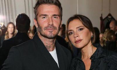 Báo Anh đưa tin vợ chồng David Beckham nhiễm COVID-19