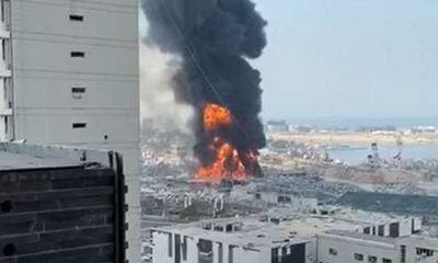 Cháy lớn tại cảng Beirut của Lebanon