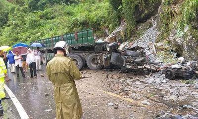 Tin tai nạn giao thông mới nhất ngày 12/9/2020: Xe máy trượt dài trên đường ở Sài Gòn, thanh niên tử vong tại chỗ