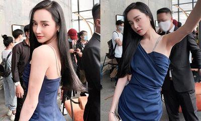 Nhã Phương đăng ảnh hậu trường mà đẳng cấp như đi tuần lễ thời trang, góc nghiêng đẹp miễn bàn