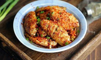 Không cần dầu ăn bạn vẫn làm được món cánh gà giòn tan, thơm phức khiến cả nhà bất ngờ