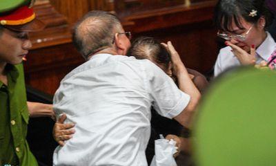 Nói lời sau cùng, ông Nguyễn Thành Tài bật khóc xin lỗi người dân TP.HCM