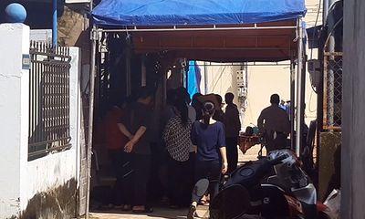 Vụ thi thể đôi vợ chồng 72 tuổi trong căn nhà: Chồng treo cổ chết tại nhà vệ sinh, vợ tử vong ở bếp