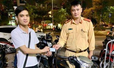 Sau 2 năm bị kẻ gian lấy trộm, nam thanh niên vui mừng nhận lại chiếc xe máy