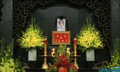 NSND Tiến Đạt, Tùng Dương, Thanh Lam và đồng nghiệp xúc động đưa tiễn nhạc sĩ Phó Đức Phương