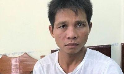 Bị phát hiện khi đột nhập nhà dân lúc rạng sáng, gã trai vung dao chém gục 2 mẹ con chủ nhà