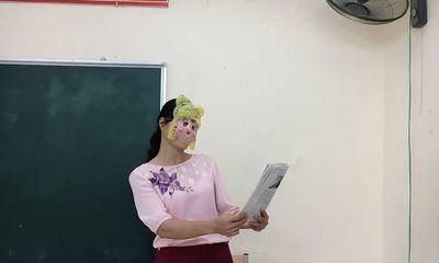 Cô giáo bất ngờ hóa
