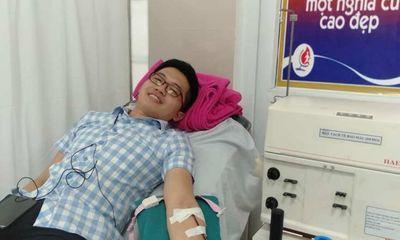 Bác sĩ hiến máu cứu sản phụ bị sốt xuất huyết nặng