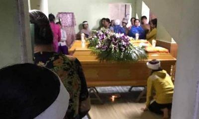 Vụ vợ chồng trẻ bị lũ cuốn tử vong khi đi đám cưới: Xót xa cảnh bé trai 25 tháng khát sữa khóc gọi mẹ