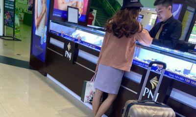 Vụ cô gái cướp 2,1 tỷ đồng ở ngân hàng: Bị bắt khi đang đi mua nhẫn kim cương