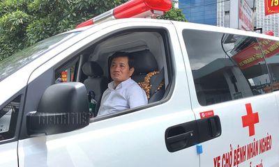 Ông Đoàn Ngọc Hải bán Mercedes S500, lấy tiền mua xe cứu thương