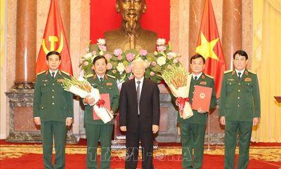 Tổng Bí thư, Chủ tịch nước trao Quyết định thăng quân hàm cho hai tướng lĩnh Quân đội