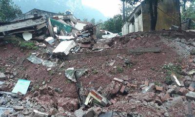 Hiện trường vụ sạt lở núi, đổ sập trụ sở Đồn Biên phòng cửa khẩu Cha Lo