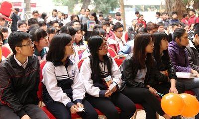 ĐH Thương Mại tiếp tục hỗ trợ 5 triệu đồng/sinh viên đến từ Hà Tĩnh