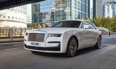Chiêm ngưỡng siêu xe Rolls-Royce Ghost 2021 giá