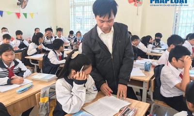 Người thầy khuyết tật vinh dự nhận danh hiệu Công dân Thủ đô ưu tú 2020