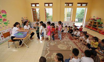 Quỹ sữa Vươn cao Việt Nam và Vinamilk trao tặng 108.500 ly sữa cho trẻ em có hoàn cảnh khó khăn tỉnh Yên Bái