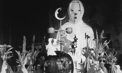 Phong cách hóa trang dịp Halloween đã thay đổi ra sao?