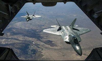 """Tin tức quân sự mới nóng nhất ngày 1/11: Mỹ phê duyệt thương vụ bán """"kẻ săn mồi"""" F-22 cho Israel"""