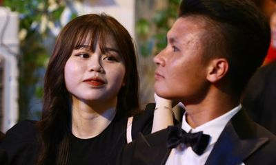 Quang Hải xóa sạch ảnh chung với Huỳnh Anh, đã chia tay từ tháng 10?