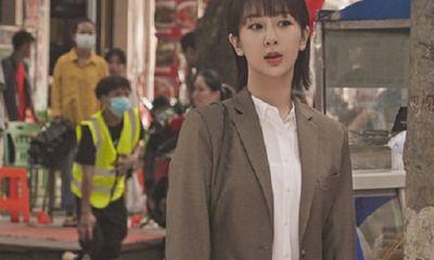 """""""Rụng tim"""" trước loạt ảnh hậu trường phim mới của Dương Tử: Nhan sắc """"lên hương"""", thần thái ngút ngàn"""