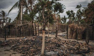 Khủng bố IS hành quyết dã man 50 người ở Mozambique
