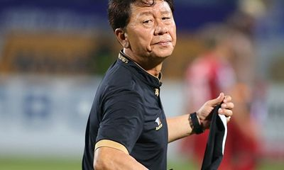CLB TP.HCM chia tay HLV Chung Hae Seong, người