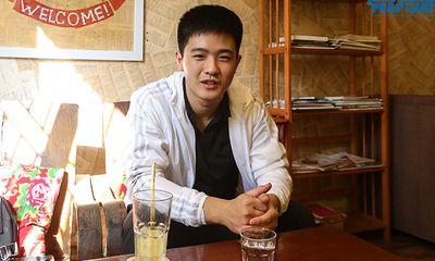 Nam sinh Triều Tiên nói tiếng Việt trôi chảy, tự tin mặc cả khi đi chợ ở Hà Nội
