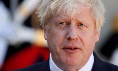 Thủ tướng Anh Boris Johnson cách ly vì tiếp xúc người mắc COVID-19