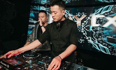 Nam DJ lộ mánh kiếm cả triệu tiền boa mỗi đêm, đến chuyện bị cả trai lẫn gái