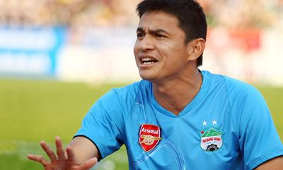 """Bầu Đức thuê """"bom tấn"""" Kiatisuk, mục tiêu chỉ để trụ hạng V-League"""