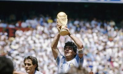 Huyền thoại Diego Maradona: