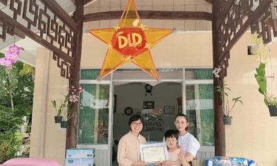 Chị Lê Quỳnh Trang - chủ Tiệm Vàng Hoàng Phát phát tâm từ thiện, tích cực tham gia vào các hoạt động có ích cho cộng đồng