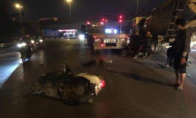 Tin tức tai nạn giao thông ngày 2/12: Xe máy va chạm ô tô đầu kéo, thanh niên tử vong ở Hà Nội