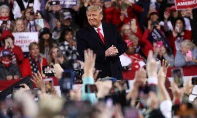Tổng thống Trump lần đầu xuất hiện tại sự kiện vận động sau khi thất cử