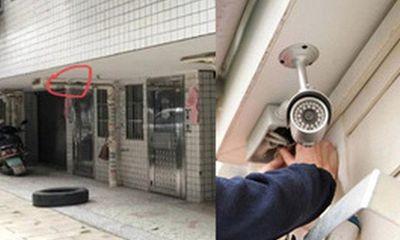 Bị trộm xe liên tục, chủ nhà liền gắn camera theo dõi thì vô tình phát hiện cảnh tượng kinh hoàng lúc 2 giờ sáng
