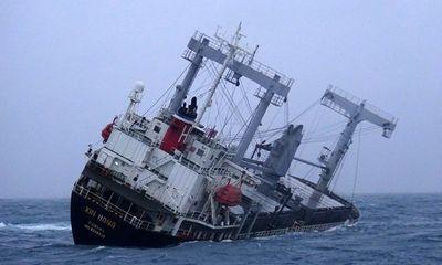 Bình Thuận: Nỗ lực tìm kiếm 15 thủy thủ tàu hàng Panama gặp nạn trên biển