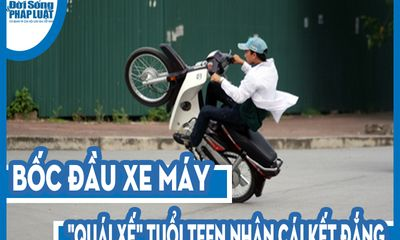 Video: Bốc đầu xe máy,