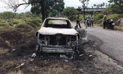 Vụ cãi nhau với vợ, chồng đốt ô tô
