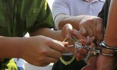 Phú Thọ: Bắt Phó Cục trưởng cục Quản lý thị trường cùng 3 đồng phạm